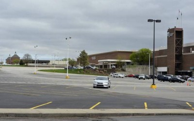 Metcalf South Shopping Center to Close